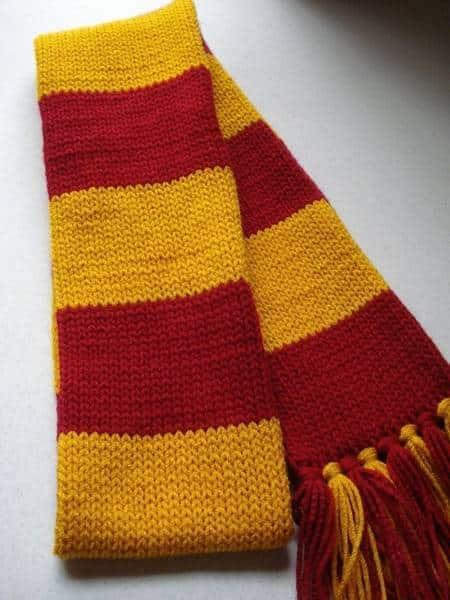 tricot écharpe harry potter